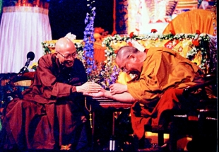 Master Sheng Yen meeting with his Holiness the Dalai Lama
