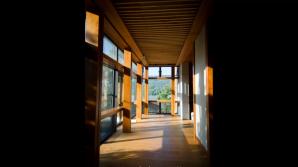 Corridor inside the Chan Hall (禪堂)