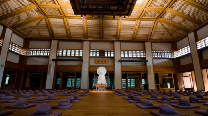Chan Hall Interior (禪堂)
